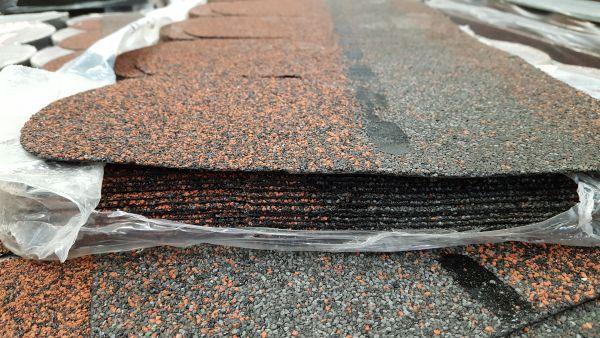 Bitumenschindeln Dachneigung Bitumenkleber